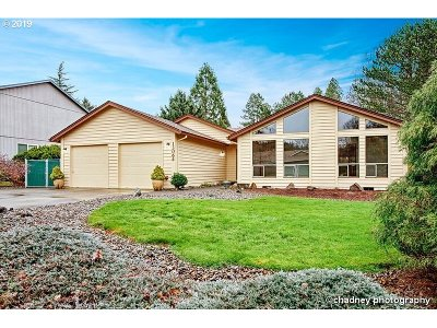 Clackamas County Single Family Home For Sale: 13064 SE 130th Ave
