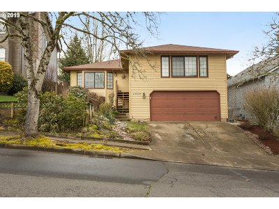 Beaverton Single Family Home For Sale: 13325 SW Barberry Dr
