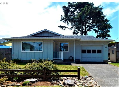 Bandon Single Family Home For Sale: 715 8th St