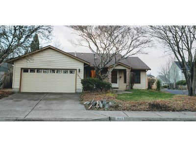 Beaverton Single Family Home For Sale: 16145 NW Lyndel Ln