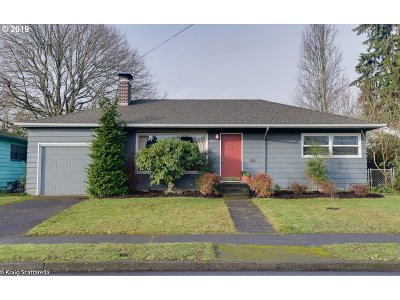 Portland Single Family Home For Sale: 2627 SE 79th Ave