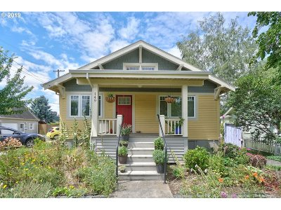 Hillsboro Single Family Home For Sale: 149 NE 5th Ave