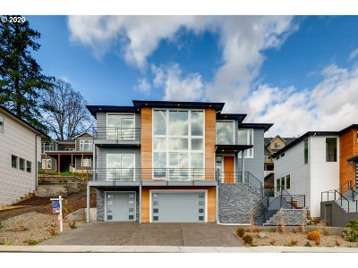 Washougal Single Family Home For Sale: 1335 N R St