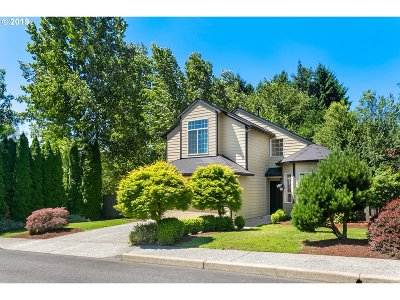 Clackamas County Single Family Home For Sale: 13163 SE 137th Dr