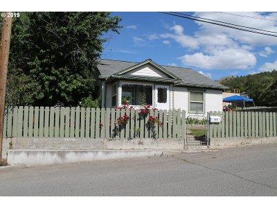 Grant County Single Family Home For Sale: 111 SE Elm St
