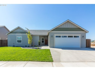 Umatilla County Single Family Home For Sale: 927 SW Coyote Dr