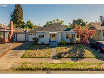 Portland Single Family Home For Sale: 836 NE 71st Ave