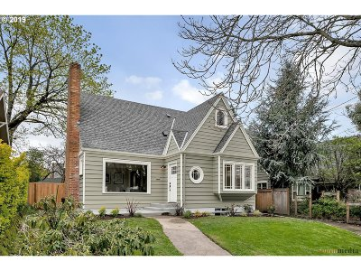 Portland Single Family Home For Sale: 3809 NE 73rd Ave