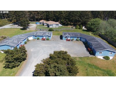 Bandon Multi Family Home For Sale: 54513 Beach Loop Rd