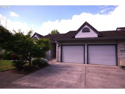 Ridgefield Condo/Townhouse For Sale: 15917 NE Union Rd #108