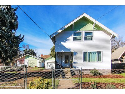 Maywood Park Single Family Home For Sale: 4743 NE 107th Ave