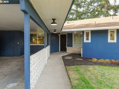 Hillsboro, Cornelius, Forest Grove Single Family Home For Sale: 3632 SE Willow St