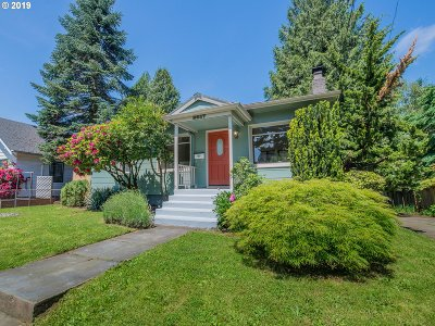 Portland Single Family Home For Sale: 2617 NE Jarrett St