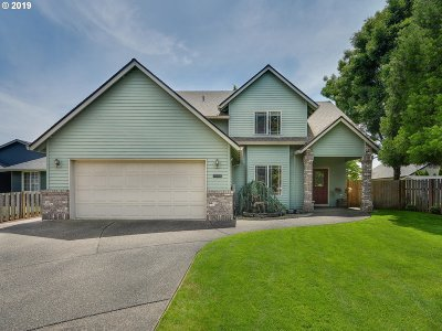 Canby Single Family Home For Sale: 1241 SE 10th Ave