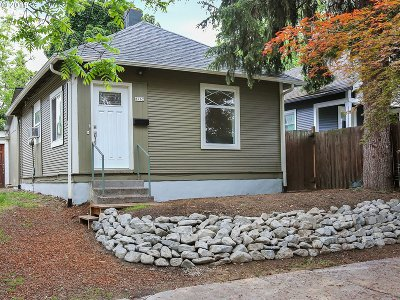 Portland Single Family Home For Sale: 8762 N Peninsular Ave