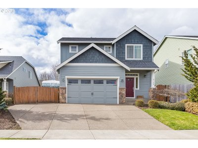 Newberg Single Family Home For Sale: 2145 Crater Ln