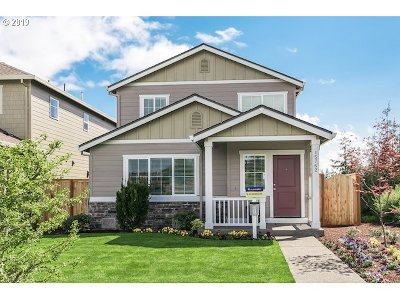 Bend Single Family Home For Sale: 20550 SE Cameron Ave