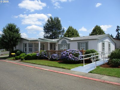 Canby Single Family Home Sold: 1111 SE 3rd Ave #64