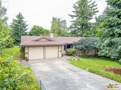 Oregon City Single Family Home For Sale: 15861 S Merry Lee Dr