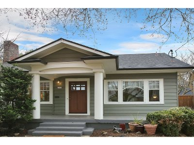 Portland Single Family Home For Sale: 2943 NE 22nd Ave
