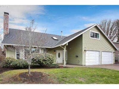 Beaverton Single Family Home For Sale: 15404 NW White Fox Dr