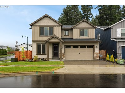 Forest Grove Single Family Home For Sale: 1079 Vista Oaks Dr