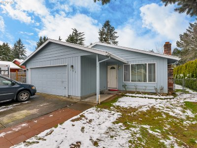 Single Family Home For Sale: 721 NE 197th Ave