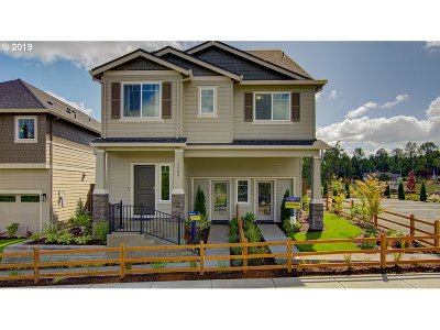 Happy Valley, Clackamas Single Family Home For Sale: 12468 SE Voyageurs Loop