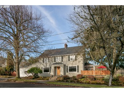 Portland Single Family Home For Sale: 3029 NE Stanton St
