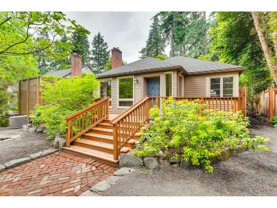 Lake Oswego Single Family Home For Sale: 440 9th St