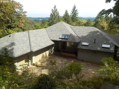 West Linn Single Family Home For Sale: 6130 Caufield St