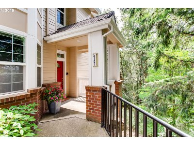 West Linn Condo/Townhouse For Sale: 4101 Summerlinn Dr