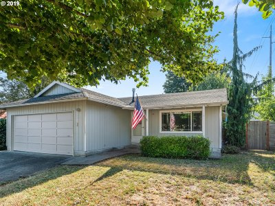 Milwaukie, Gladstone Single Family Home For Sale: 11612 SE 46th Ct