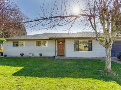 Woodburn Single Family Home For Sale: 430 Jana Ave