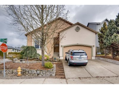 Tigard Single Family Home For Sale: 13728 SW 159th Ter