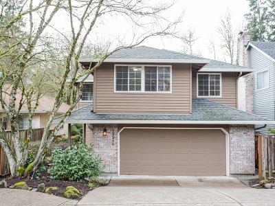 Lake Oswego Single Family Home For Sale: 13371 Peters Rd