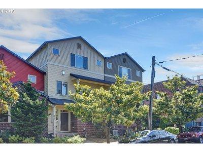 Multnomah County Condo/Townhouse For Sale: 628 NE Fargo St