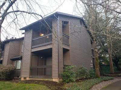 Beaverton Condo/Townhouse For Sale: 9340 SW 146th Ter