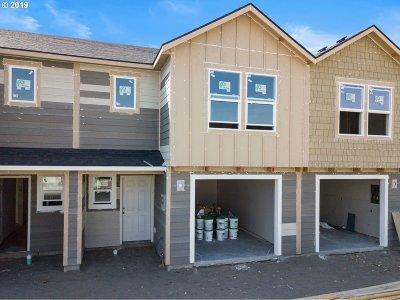 Hermiston Single Family Home For Sale: 1717 NE 8th St