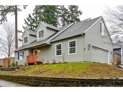 Oregon City Single Family Home For Sale: 703 Warren St