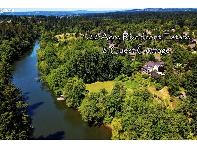 Lake Oswego Single Family Home For Sale: 19575 35th Ct