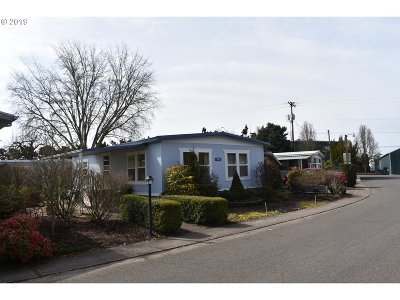 Hillsboro, Cornelius, Forest Grove Single Family Home For Sale: 570 N 10th Ave #101