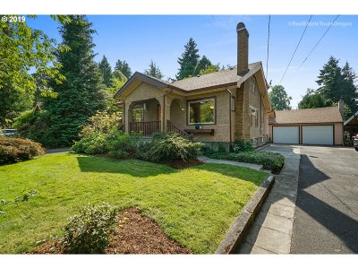 Forest Grove Single Family Home For Sale: 1628 Ash St