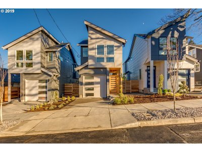 Portland Single Family Home For Sale: 9124 N Hamlin Ave
