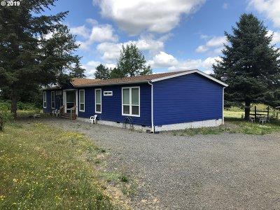 Newberg Single Family Home For Sale: 18705 NE Highway 240