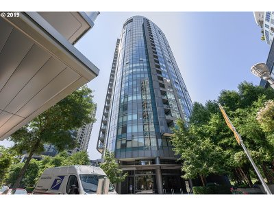 Portland Condo/Townhouse For Sale: 3601 SW River Pkwy #1507