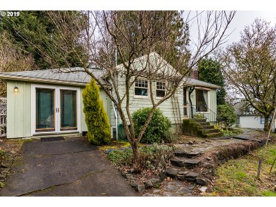 Portland Multi Family Home Pending: 7295 SW Capitol Hill Rd