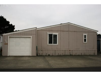 Gold Beach Single Family Home For Sale: 94120 Strahan St #118