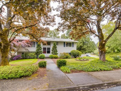 Tigard Single Family Home For Sale: 11410 SW Ironwood Loop