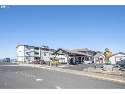 Lincoln City Commercial For Sale: 1301 NW 21st St